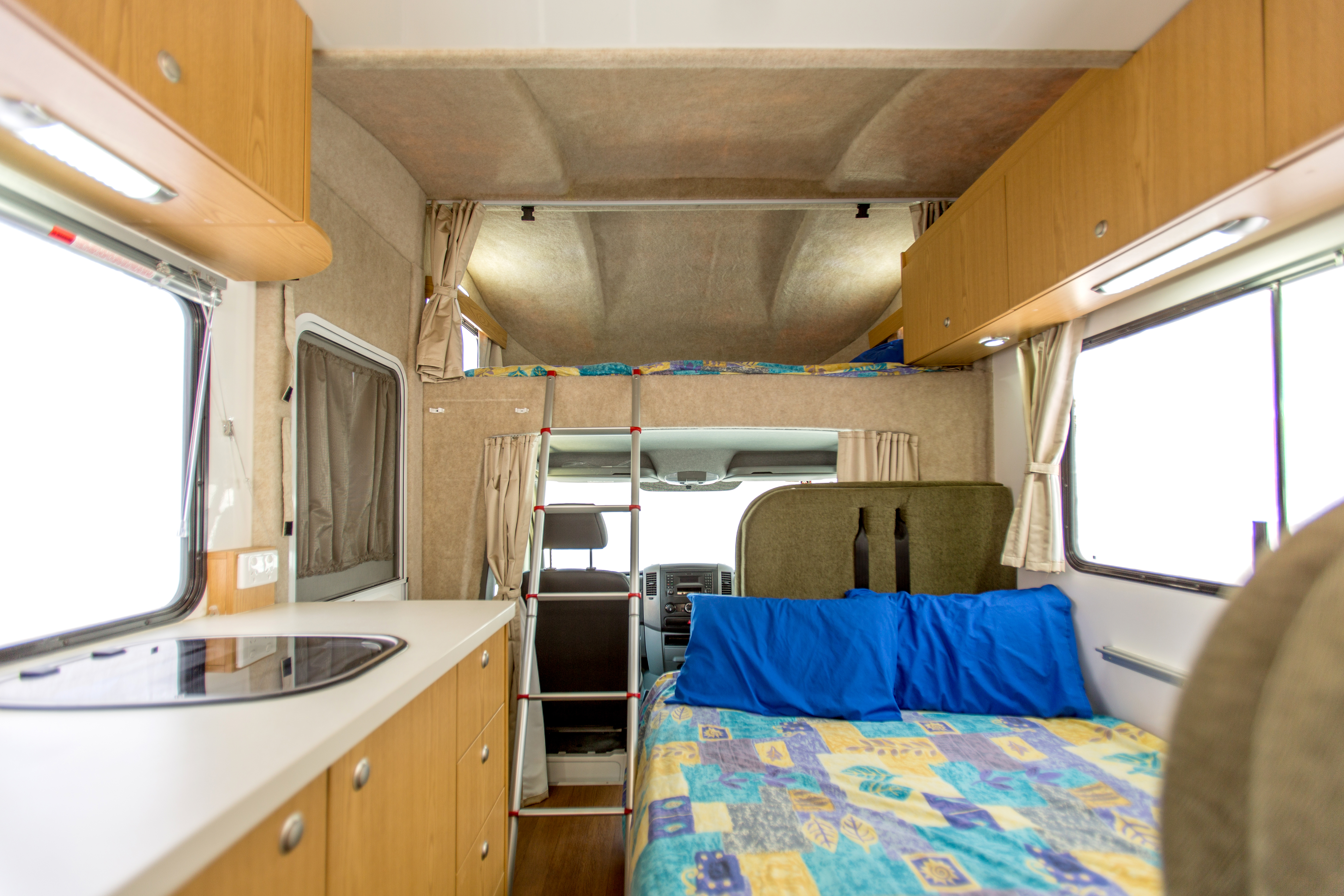 Apollo Motorhome Holidays Australia, Euro Deluxe Internal 1