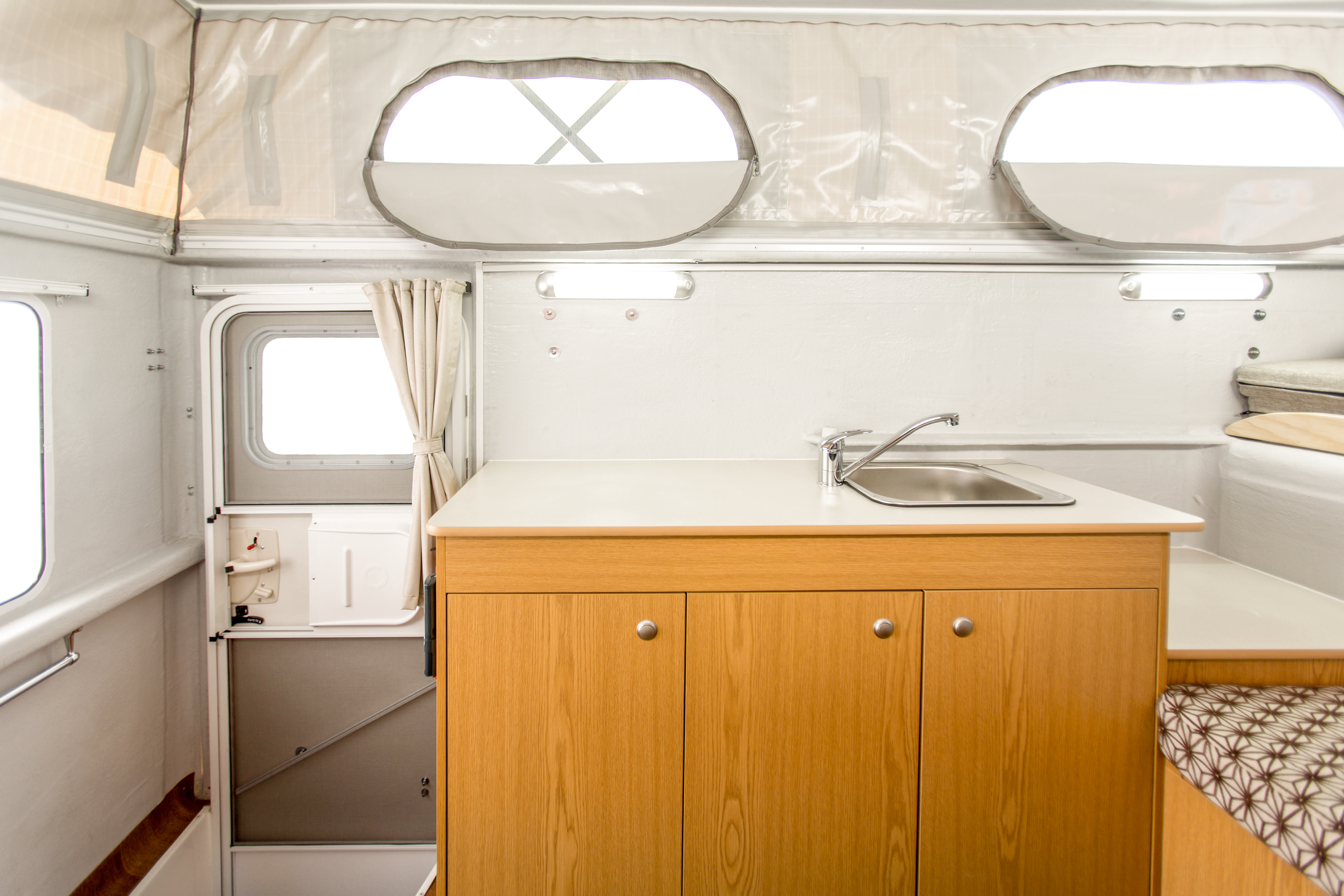 Apollo Motorhome Holidays Australia, Adventure Camper Internal 1