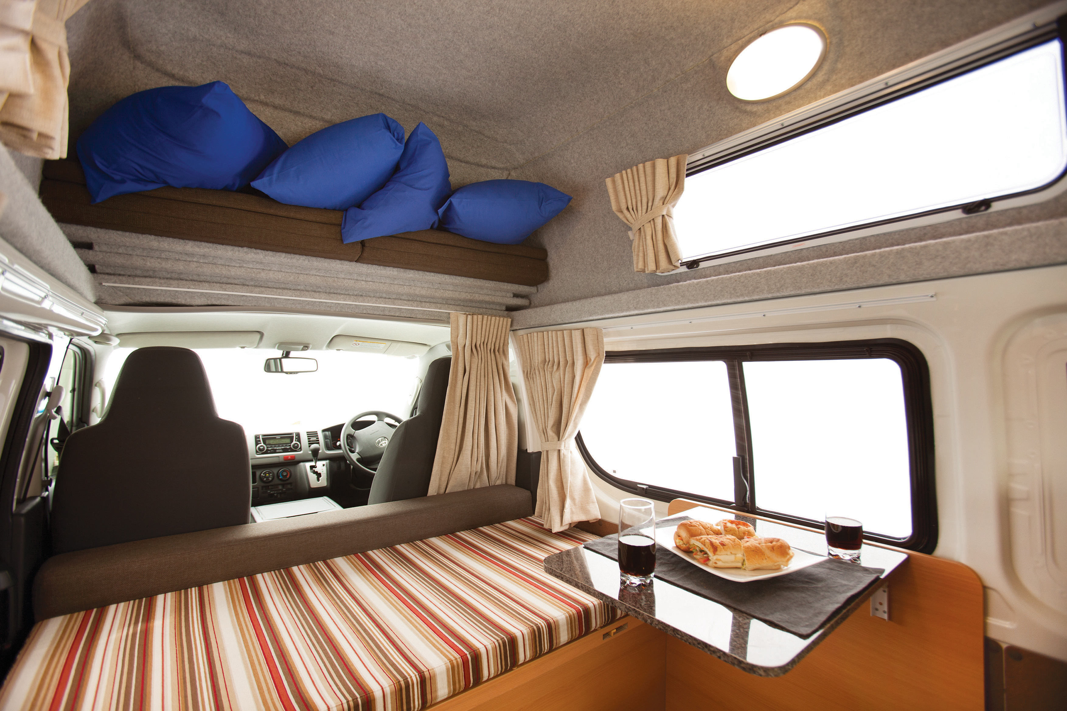 Apollo Motorhome Holidays Australia, Endeavour Camper Internal 6