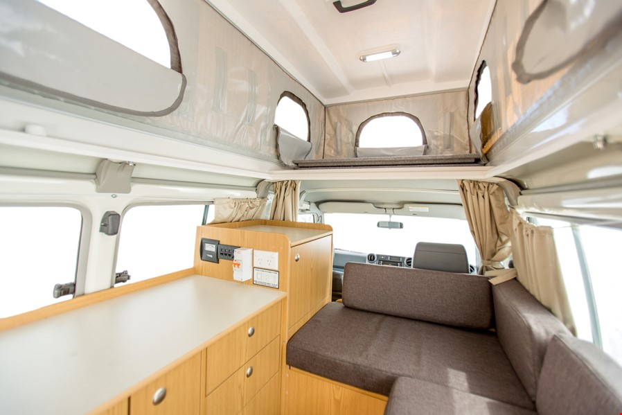 Apollo Motorhome Holidays Australia, Trailfinder Camper Internal 1
