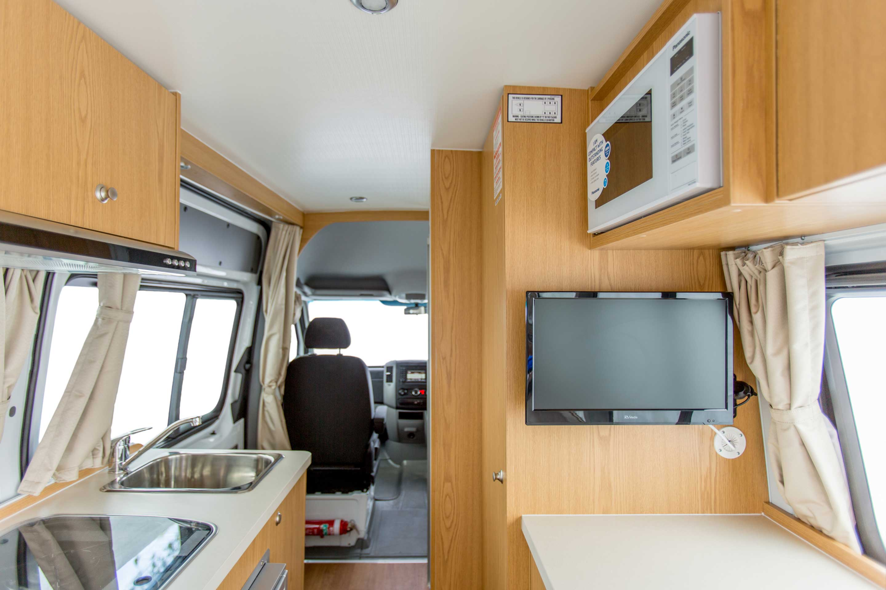 Apollo Motorhome Holidays Australia, Euro Tourer Internal 4